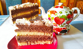 Dort s čokoládovo-tvarohovým krémem