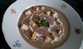 Bramborovo-žampionová krémová polévka