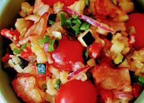 Letní bramborový salát s cuketou