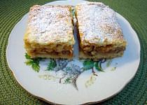 Jednoduchý jablkový koláč z rodinné kuchařky