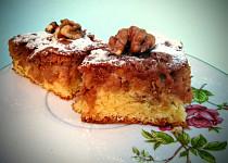 Vláčné jablkovo-ořechové řezy