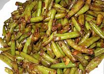 Fazolky na česneku  (Dělená strava podle LK - Kytičky+zelenina)