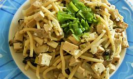 Špagety s žampiony a uzeným tofu  (Dělená strava podle LK - Kytičky+zelenina)