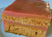 Piškot bez vajec, plněný pudinkem s jablky (Dělená strava podle LK - kytky+ovoce)