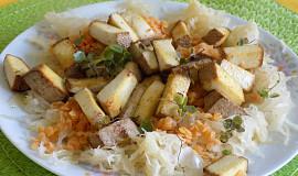 Červená čočka s uzeným tofu a kysaným zelím