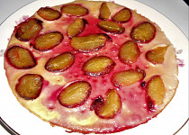 Palačinky posázené švestkami (Dělená strava podle LK - Kytičky + ovoce)