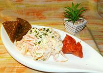 Salát z mrkve a kukuřice