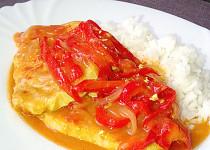 Vepřová pečeně - plátky na paprikách a rajčatech