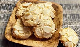 Mandlové sušenky s lupínky