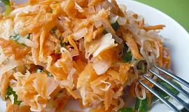 Mrkvový salát s kysaným zelím