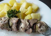 Kuřecí špízy s brambory z parního hrnce