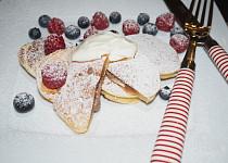 Lívanečky plněné čokoládou s vanilkovým mascarpone