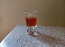 Šípkový likér s pomerančem