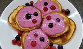 Jogurtové lívance s ovocným pyré