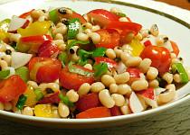 Salát z fazolí černé oko