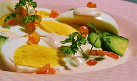 Vejce v jemné lososové omáčce