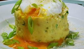 Bramborovo-celerová kaše s jogurtem a bylinkami