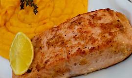 Svěží marinovaný losos