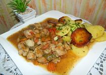 Vepřový řetízek na zelenině