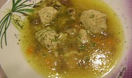 Jáhlové noky s morkem do hovězí polévky