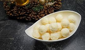 Kokosové kuličky (domácí Rafaelo ze Salka)
