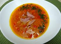 Novoroční polévka z červené čočky