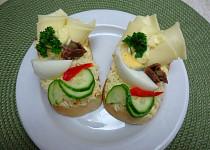 Retro chlebíčky - sýrové s očkem