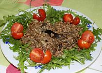 Pohankový salát se sušenými houbami