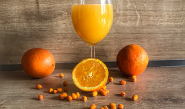 Fresh z rakytníku a pomeranče