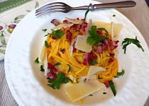 Špagety s omáčkou z dýně
