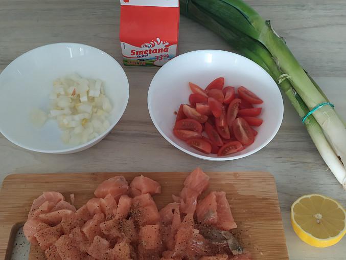 Smetanové gnocchi s lososem, Základní suroviny