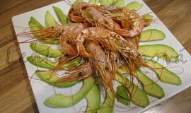 Krevety s avokádem