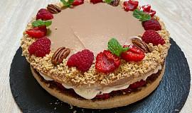 Nutelový dort s malinami