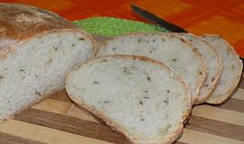 Chléb s příchutí cibulky