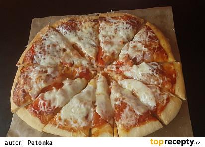 Jednoduchá pizza se zeleninou
