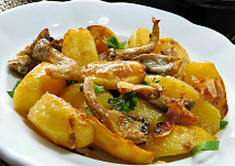Hlíva pečená s bramborami na smetaně