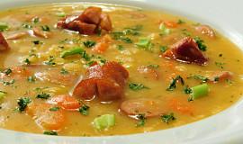 Debrecínská hrachová polévka