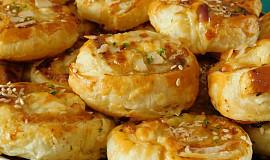 Masovo-sýrové šneky z listového těsta