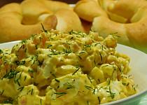 Vajíčkový salát s uzeným lososem
