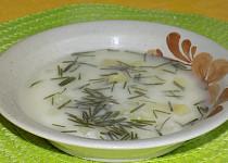Kefírová polévka s tvarohem