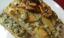 Slaný koláč s jablky, Nivou a ořechy