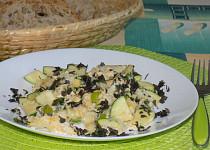 Míchaná vejce s pórkem a cuketou