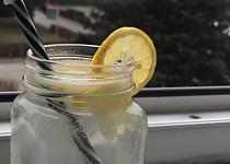 Domácí citrónová limonáda