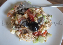 Sleďový salát s olivami