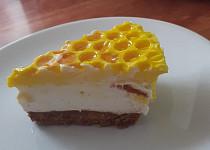 Nepečený asijský medový cheesecake