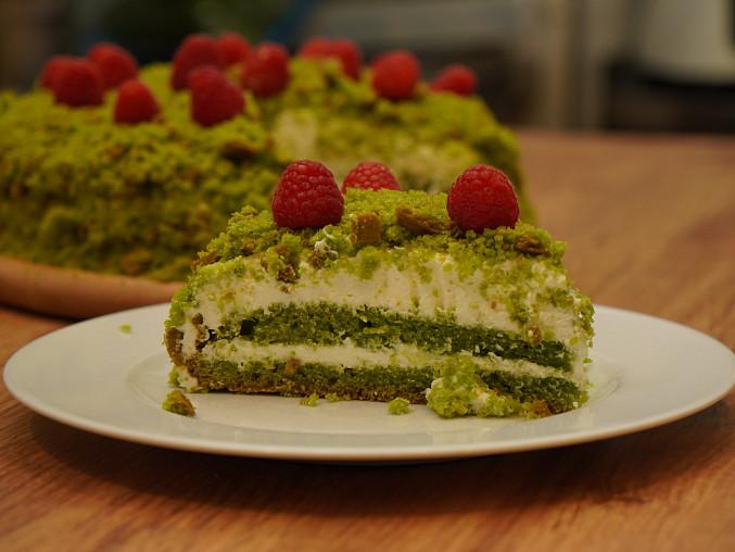Zelený mechový dort