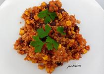 Zapečená quinoa s červenými fazolemi a kukuřicí