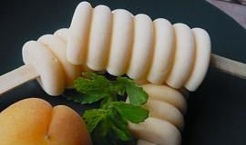 Tvarohovo - meruňkové nanuky