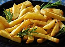 Pečené hranolky z nových brambor