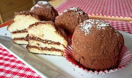Piškotové dortíčky s Nutellou a rumem
